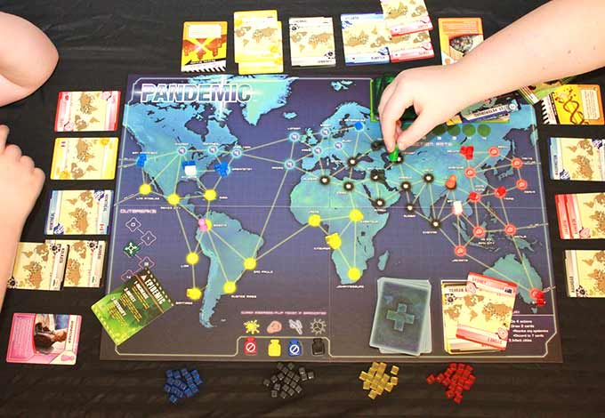 Pandemic cooperative board game recommendation